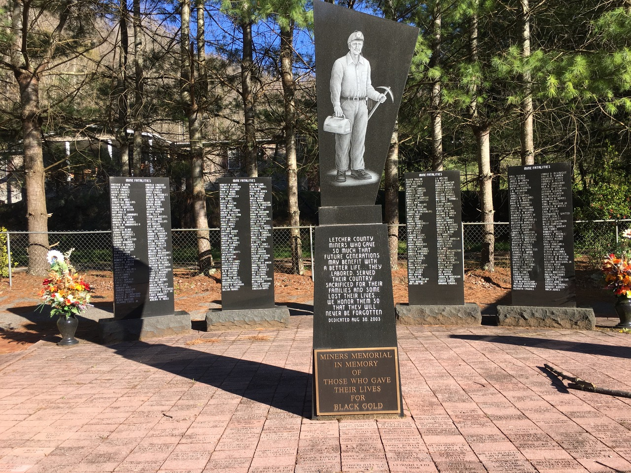 Honoring miners felled by coal