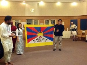 Tibetans in CONTACT South Asia
